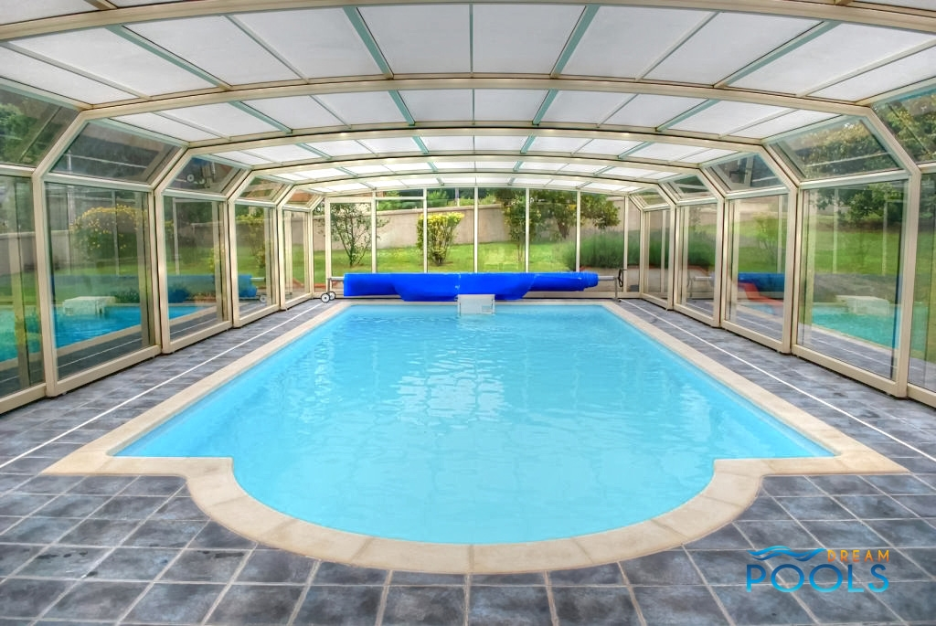 Dreampools nos piscine coque en poliester projets for Coque polyester piscine