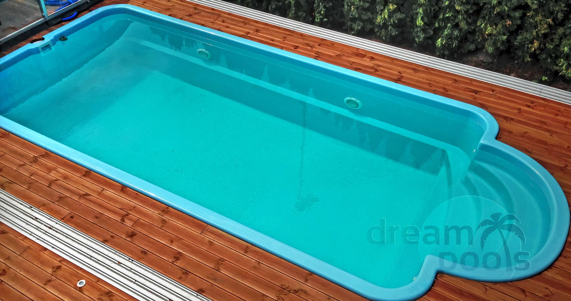Dreampools nos piscine coque en poliester projets for Piscine polyester